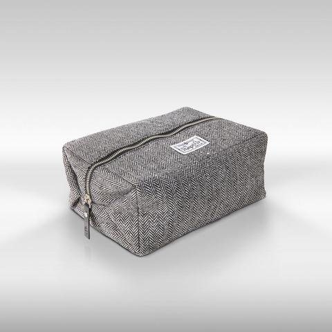 Pomp & Co Dopp Kit - Luxury Toiletries Bag